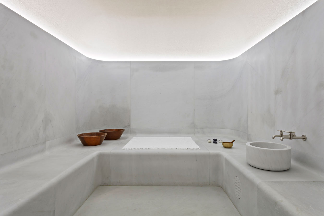 Carrara marble bathroom image the cafe royal hotel regent street - Junior Hotel Guests From The Age Of 5 To 16 Under The Guidance Of An Adult Are Welcome In The Swimming Pool Daily Between 10am To 11 30am And Between 2pm