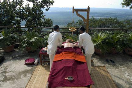 A New Matt Roberts Retreat, Physiotherapy & Visiting Masters At Ananda Himalayas