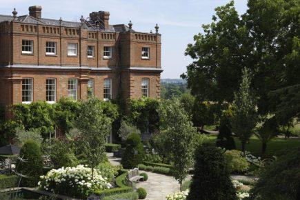 Win A Luxury Spa Break At The Grove