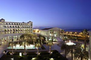 Las Arenas Balneario Resort & Spa
